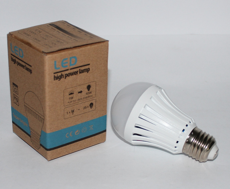 Светодиодная лампа с аккумулятором 5W