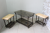 Кованый журнальный столик со стеклянной столешницей и пуфиками