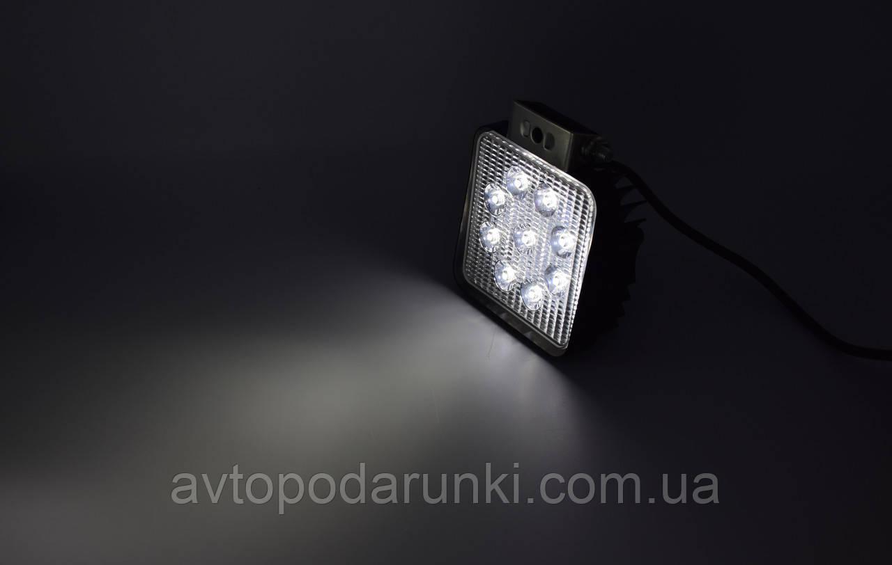 Светодиодная фара дополнительного света SPOT 9LED SQ