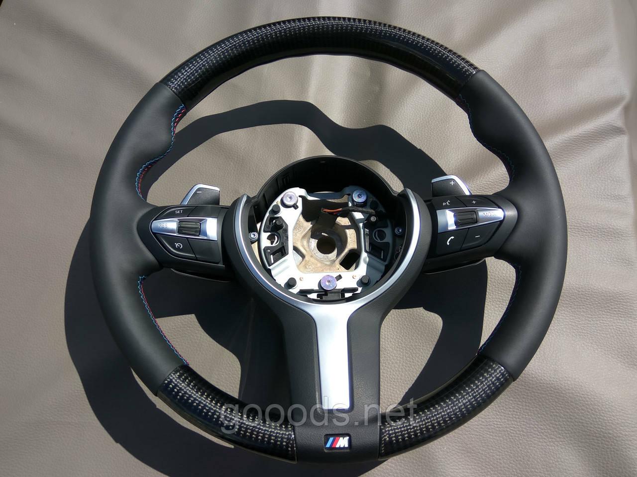Руль с карбоновыми вставками на БМВ Х5 Ф15