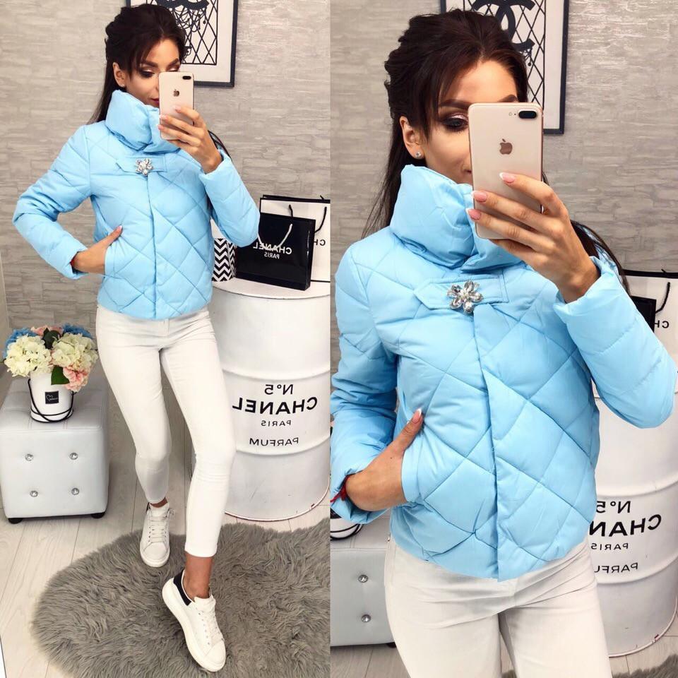 a4e70bf9c6d Женская куртка демисезон с брошкой