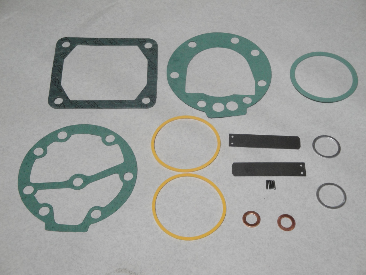 РМК компресора прокладки з клапанами БОГДАН A091-A092 (MO076.170) MAPO
