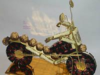 Мотоцикл из конфет.Одесса, фото 1