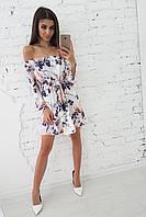 156e8da2c4e Приталенное летнее платье с открытыми плечами и цветочным рисунком