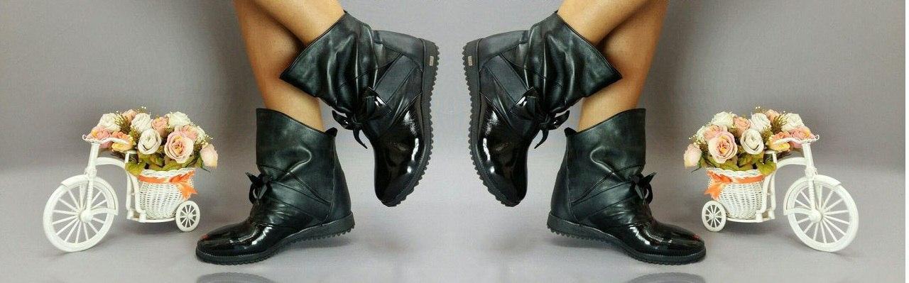 Ботинки эколак + натуральная кожа. Подошва: черная и белая. Размеры: 36-42  код 4563О