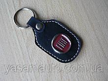 Брелок d продолговатый Fiat 97мм 8г кожезаменитель коричневый эмблема Фиат на авто ключи Уценка №2