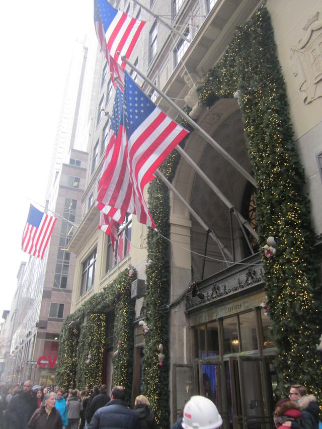 Раздел Термобелье - фото teens.ua - Нью-Йорк,Пятая авеню,универмаг Lord & Taylor
