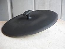 Пресс для гриля чугунный, эмалированный. Вес - 5,7кг. Диаметр - 300мм