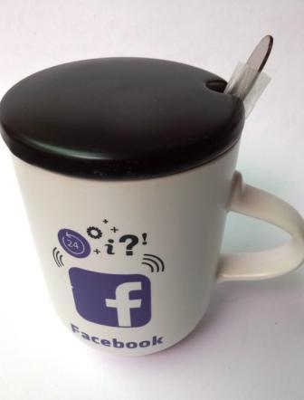 """Чашка з ложкою """"Інтернет"""" керамічна 300 мл"""