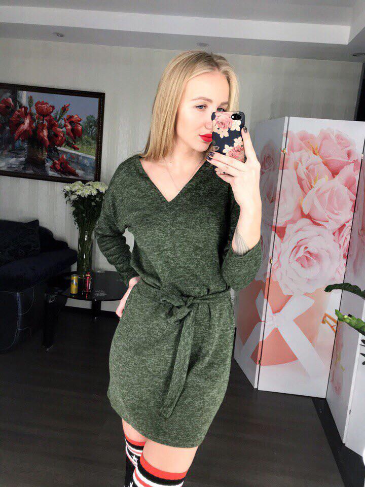 Женское платье с длинным рукавом мини