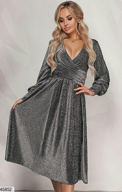 Красивое платье на осень миди на запах с длинным рукавом декольте люрекс черное