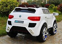 Детский Электромобиль Джип М 2392 BMW белый на аммортизаторах и радиоуправлении, открываются двери, фото 2