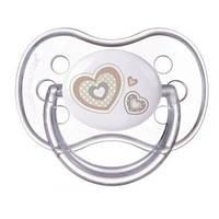 Пустышка силиконовая симметрическая Newborn baby 18+ месяцев - 22/582 бежевая