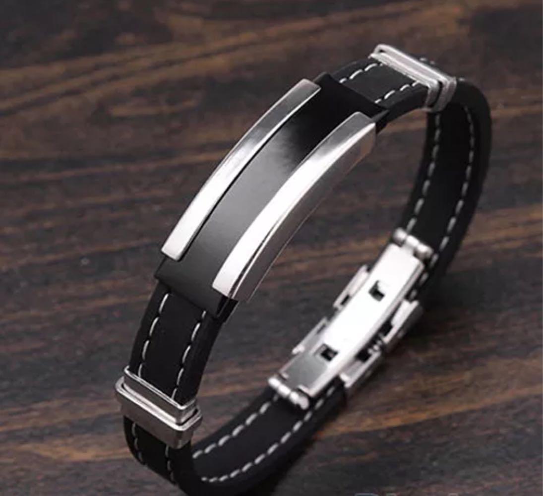 Наручный мужской браслет из каучука со вставками из нержавеющей стали «Men's style»