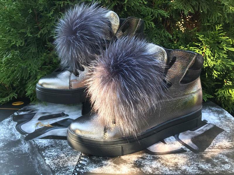 Женские кожаные ботинки с меховым помпоном 36-40 р