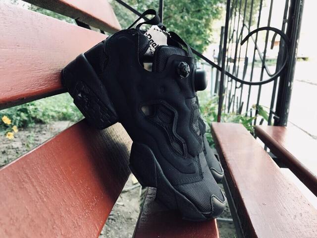 Reebok Insta Pump Black