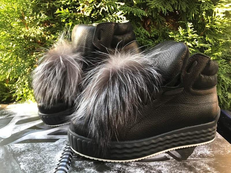 Шкіряні жіночі черевики зі знімним хутряним помпоном 36-40 р