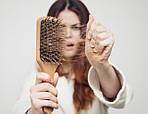 Почему выпадают волосы: 5 основных причин