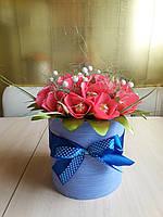 Букет из конфет в шляпной коробке Тюльпаны