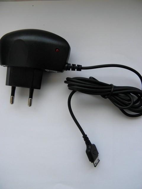 Зарядное устройство duos d880, e210, s5230 sertec