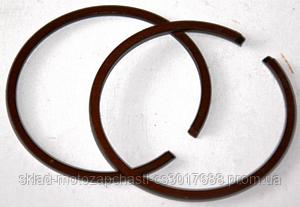 Кольца поршневые коричневые в пластиковой коробочке  STIHL180