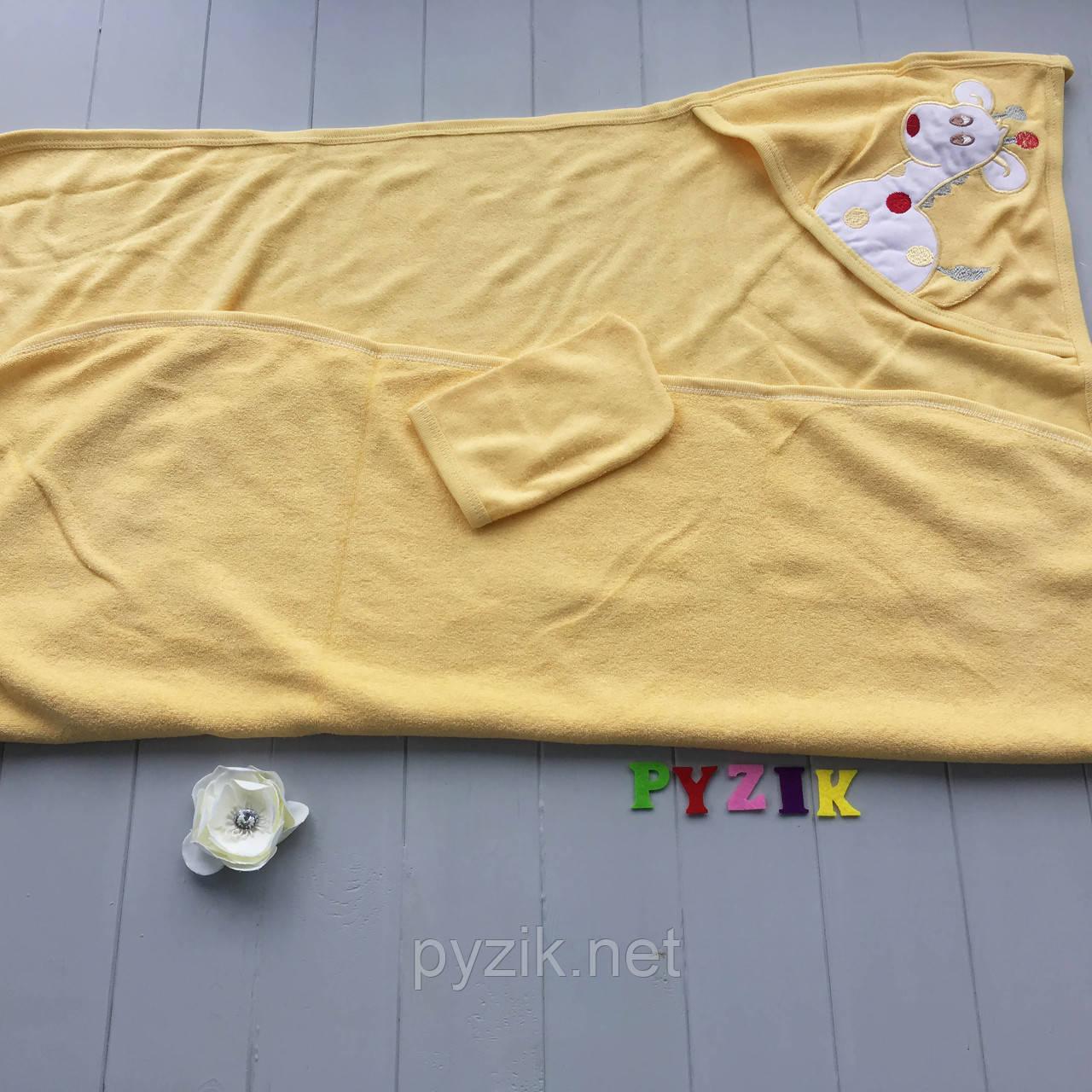 Полотенце-уголок с капюшоном пищалкой+варежка Bebellove желтое