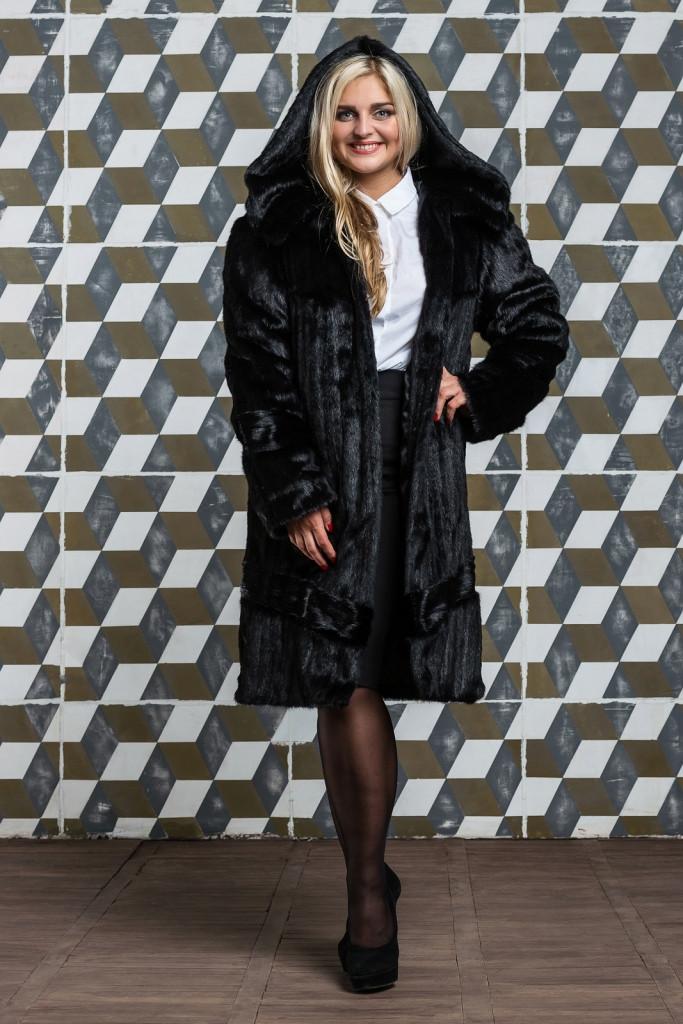 Шуба женская из искусственного меха 120 черная Большие размеры от 48 до 64