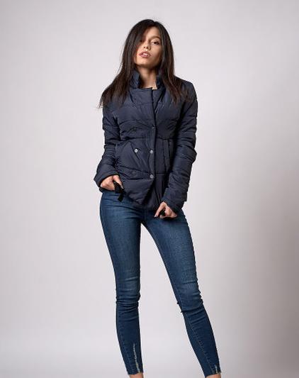 1834f20de4e Темно-синяя стеганая куртка на кнопках от оптово-розничного магазина ...