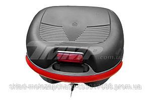 Кофр пластиковая большая  (38,5*34*26см) со шлемом открытым