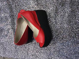 Красные туфли из натуральной кожи на платформе с открытым носком 36-40 р