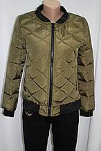 Куртка осенняя женская, с утеплителем, на молнии, хаки, с пчелой