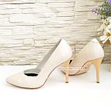 Классические женские кожаные туфли на шпильке, цвет бежевый, фото 3