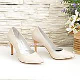 Классические женские кожаные туфли на шпильке, цвет бежевый, фото 4