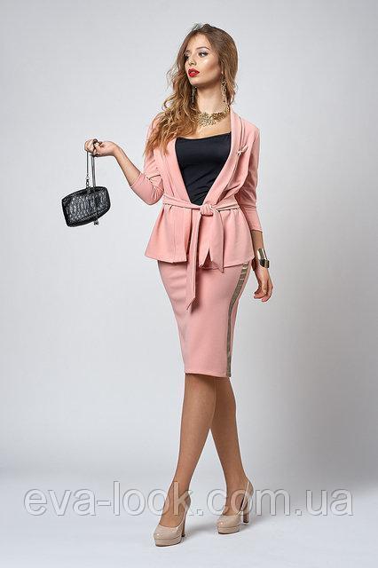 Женские костюмы с юбками.