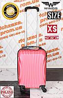 Мини светло-розовый чемодан фирмы Wings из поликарбоната