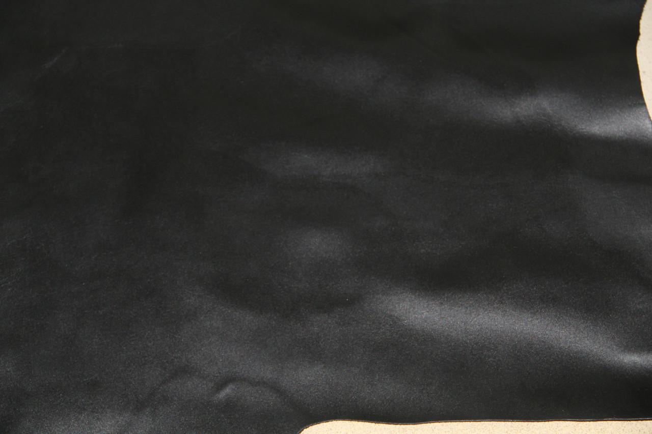 Натуральная кожа КРС с лицевым покрытием и легкой структурой