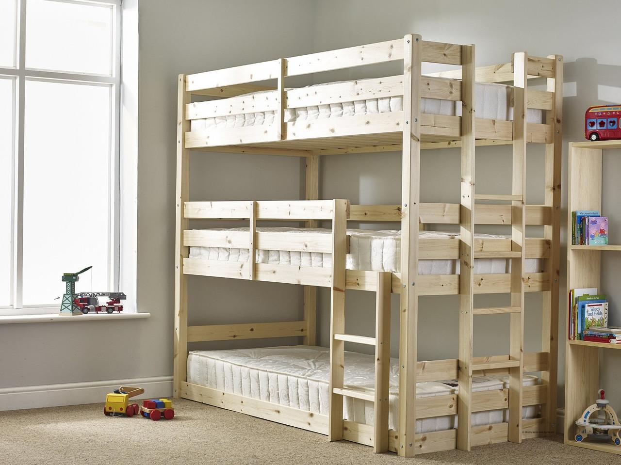 """Деревянная трехъярусная кровать """"Сири"""" от производителя"""