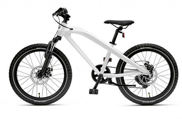Оригинальный детский велосипед BMW Junior Cruise Pearl White (80912451006)