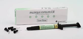 Palfique Estelite LV Low Flow шприц А1 (3г) Tokuyama Dental