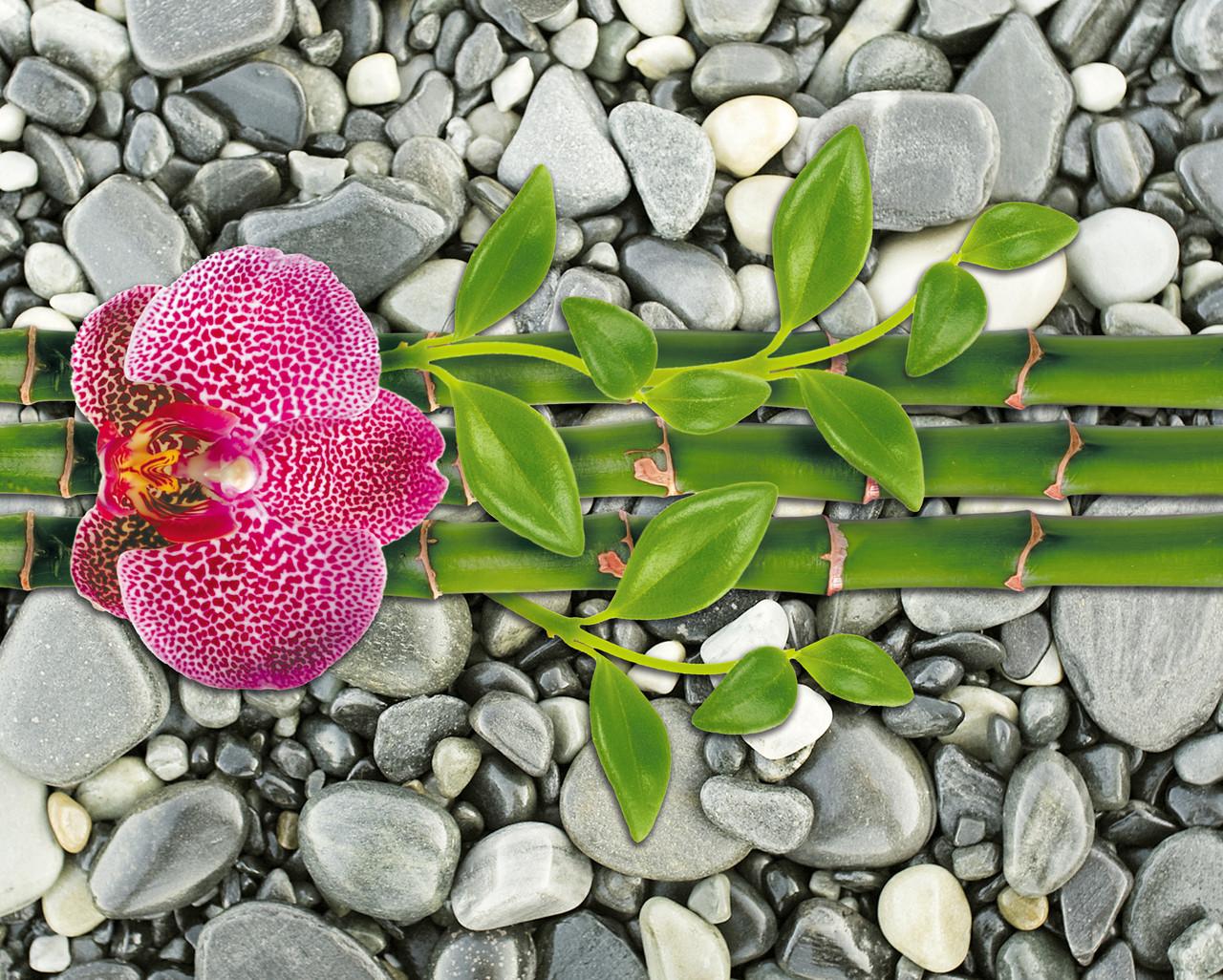 """Картина на стекле """"Цветок орхидеи на бамбуке"""""""