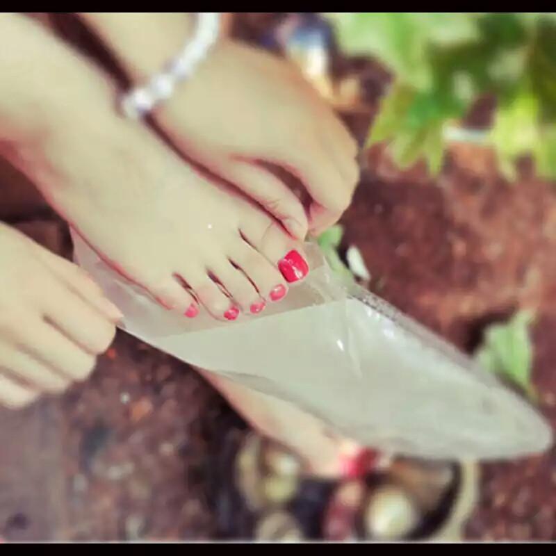 Педикюрные носочки, бамбуковые носочки, бамбуковая кислота  пилинг для ног, 1 пара.