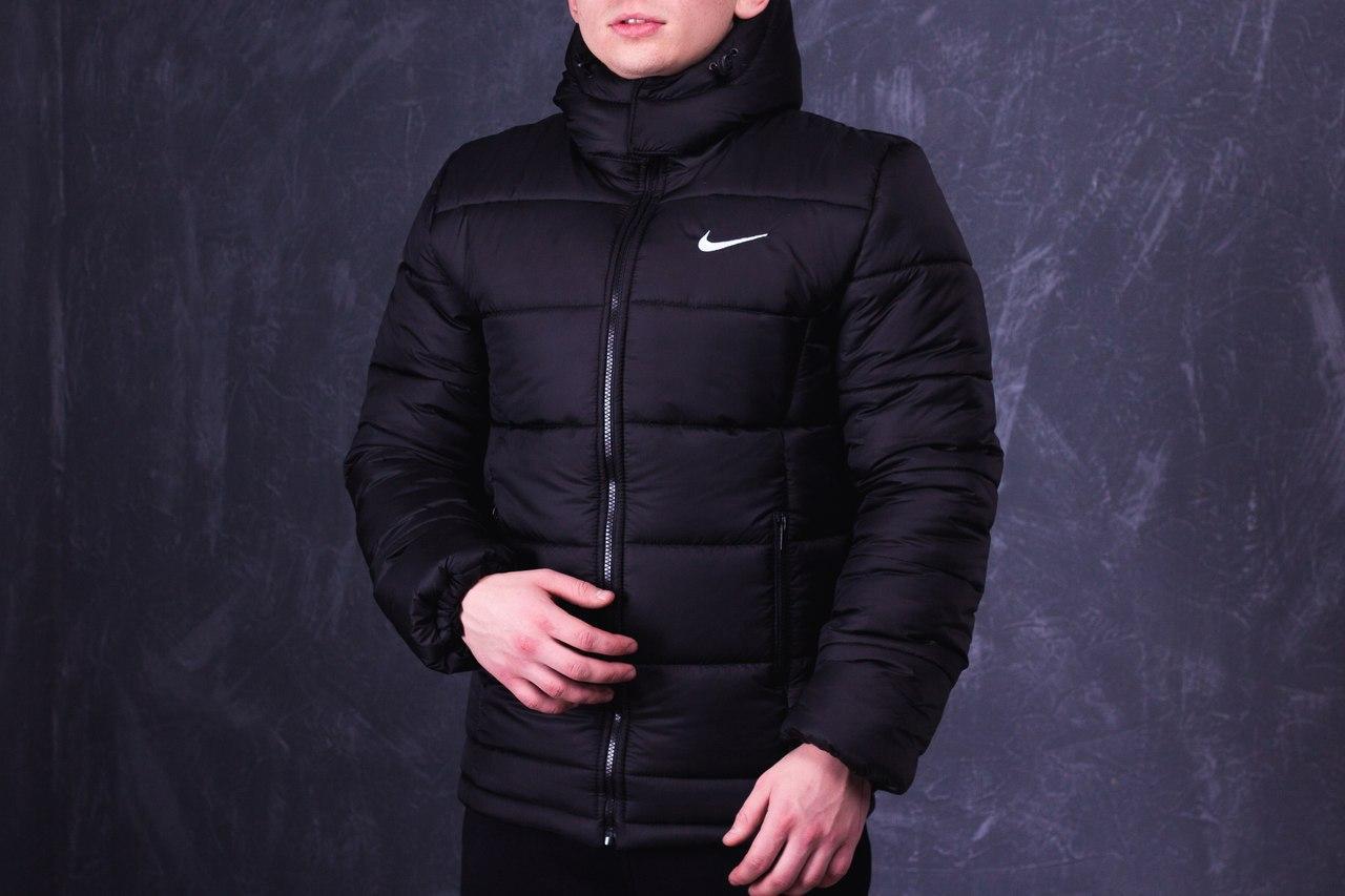 Модная зимняя куртка найк