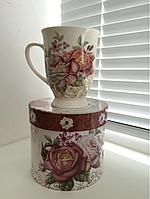Подарок чашка в коробке ROSEE сотруднице на праздник