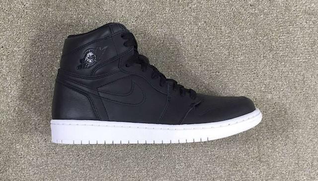 Air Jordan 1 OG Black white