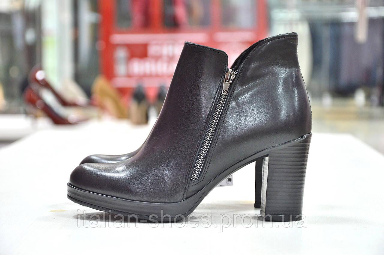 Кожаные ботинки на каблуке черного цвета 2 молнии Jore к.-710