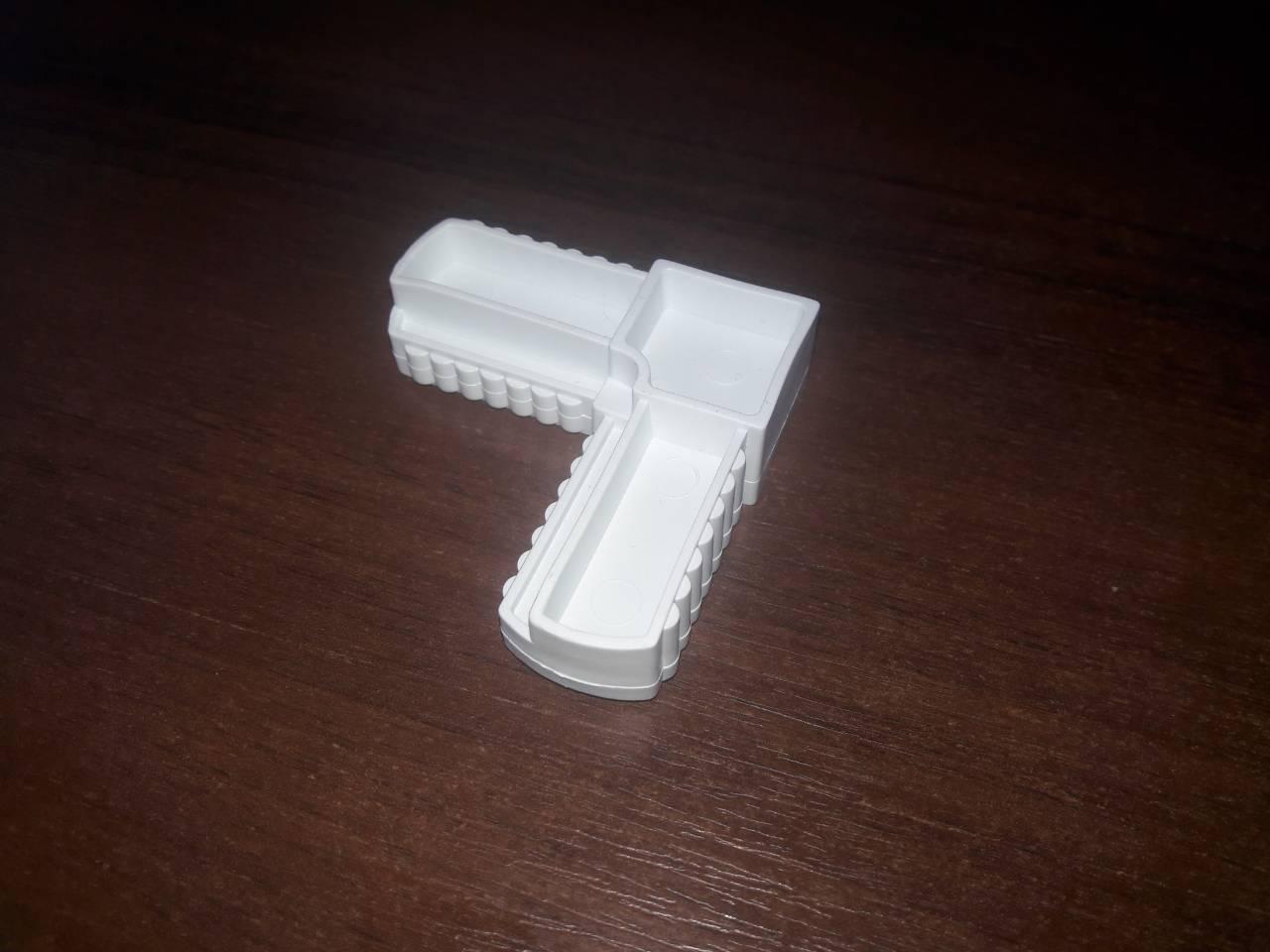 Уголок для дверной рамной москитной сетки Размер рамки 17 мм х 25 мм Белый