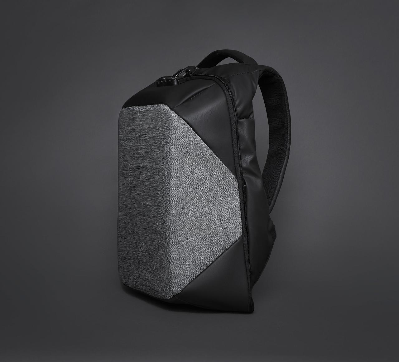 Невероятный рюкзак Corin Design ClickPack Pro с системой антивор и массой новых функций