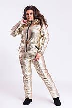"""Теплый женский дутый комбинезон """"SILVER/GOLD"""" с капюшоном и карманами (большие размеры), фото 3"""