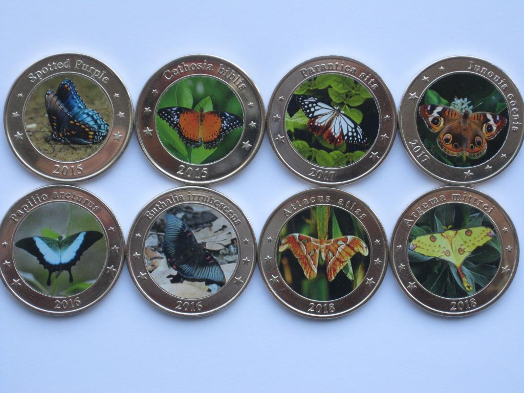 Западные Малые Зондские острова 1 доллар 2015-2018г. 8 штук