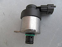 Б/у регулятор давления топлива тнвд renault trafic 2.0dci opel vivaro 0928400635 nissan primastar BOSCH клапан